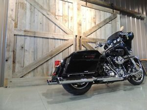 2013 Harley-Davidson FLHX - Street Glide Peterborough Peterborough Area image 3