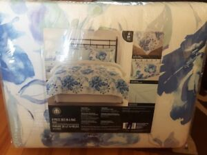 bed in a bag double 8 piece set only 50 cost 169.97brand new