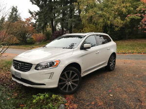 2015 Volvo XC60 T6 Platinum Edition - Like New, Give me an offer