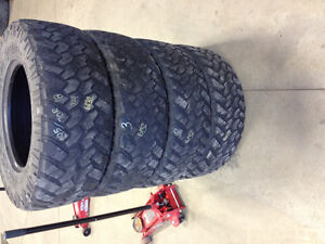 295/70R18 10 ply Nitto Trail Grapplers.