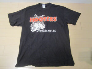 Hooters T-Shirt Adult size M