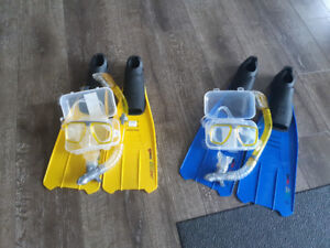 Mens and womens snorkling set