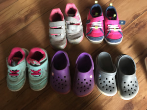 Assorted toddler shoes size 7
