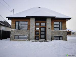 Joli bungalow moderne et clé en main à St-Pie