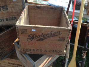 VINTAGE WOOD BOXES CRATES PATTERSON, 7 UP, CANADA DRY