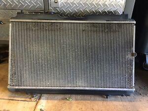 2001 CRV radiator (used) London Ontario image 1