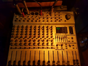 14 channel  non powered mixer with effects