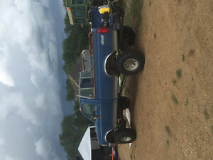 1993 Ford F-350 XL Pickup Truck 4 inch lift, 35 in bloggers