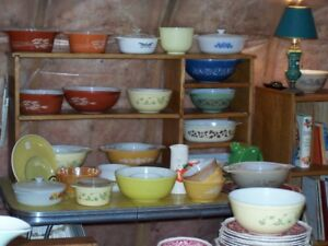 LOTS OF PYREX AND FIRE KING and JADITE FOR SALE