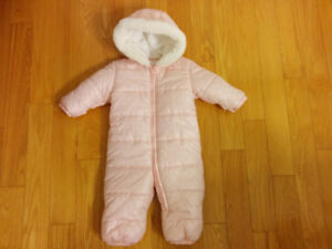 NEW Price SNOWSUIT 6-12 months