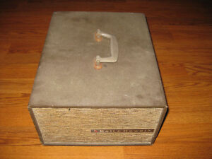 Bell & Howell Headliner Slide Projector Sarnia Sarnia Area image 2