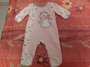 "Pink cat baby girl cloth .""Disnep baby"""