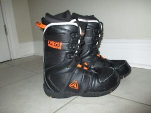Firefly Snowboard boots, used once! size mond 24, youth 5.5