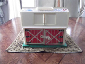 Jouet antique: Fisher Price; Play family farm; 1967