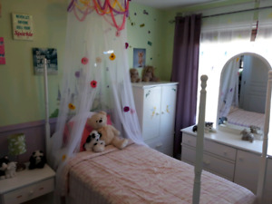 Complete Four Post Princess Bdrm Suite and more