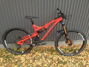 2016 Intense Tracer275c (carbon, medium)