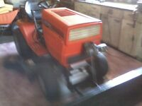 mtd 18 hp lawntractor with new 44 inch snow blade.