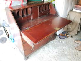 Solid mahogany quality bureau, delivery available