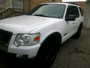 Ford explorer 2007 XLT  AWD 4.0L V6