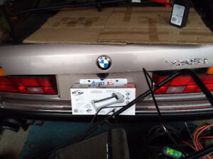 BMW 1998 model 735 I for parts only 700 bucks