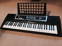 Yamaha ypt-210 keyboard great condition