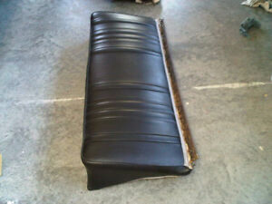 1968 Impala SS convertible rear upholstery - mint Downtown-West End Greater Vancouver Area image 3