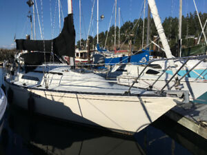 C&C sail boat in very good condition with many extras