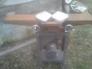 Rockwell wood planer with fence (Joiner)