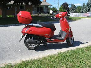 Kymco Like 50 2T Scooter