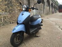 2014 Sinnis Flair 50cc learner legal 50 cc scooter. 2 years before next MOT.