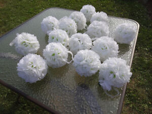 20 Pomanders - White with light green centre - Like New Cambridge Kitchener Area image 7