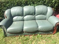 Sofa free to anybody who can collect