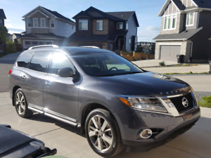 MUST SELL 2014 PATHFINDER PLATINUM**PRICED TO SELL
