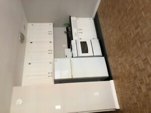 SUMMER SUBLET : BACHELOR BY HALIFAX SHOPPING CENTRE $695/MONTH