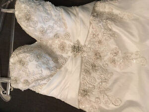 Stunning gown for sale