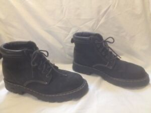 Men's Black Nubuck Leather Roots Tuff Boots 10M