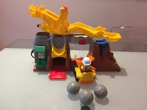 Grue little People Fisher-price  West Island Greater Montréal image 1