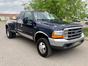 2001 Ford F350 Lariat, Dually ***Only 159kms, V8 7,3L***