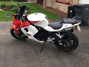 Hyosung GT250R For Sale