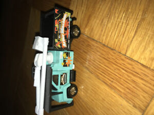 Matchbox real working rigs GMC tree trimmer truck