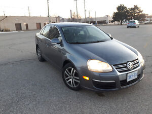 VW Jetta 2.5 - Loaded - Safetied + Etested