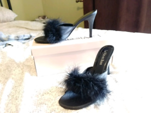 Feather Heels, size 8.5
