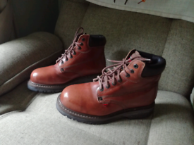 Dickies Redhawk Safety Boots. T Size 8.