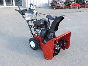 """2015 Toro Power Max 826 OXE Snow Blower - 26"""" clearing width"""