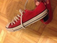 Chaussures Converse All-Star (taille 9) (unisexe)