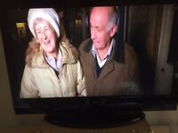 Alba 32 inch tv with built in freeview