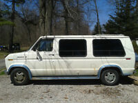 1988 Ford E-150 Series Van