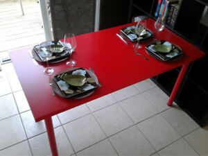 Elegant table for office, breakfast or dinning area.