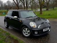 Mini 1.6 auto One CHILI PACK!! ONLY 18K MILES DONE!! HEATED SEATS!!