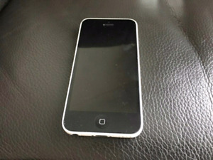 Mint condition Apple Iphone 5c white 8gb Unlocked